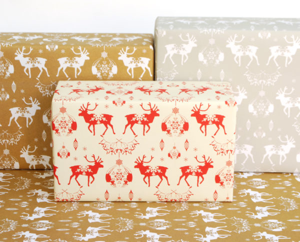 recycled gift wrapping Christmas reindeer